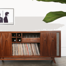 Record console combines turntable, minibar