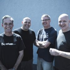 New Noise Magazine to feature Descendents flexi