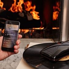 LOVE is world's 'First Intelligent Turntable'