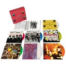 Beatles releasing 7″ holiday singles in box-set
